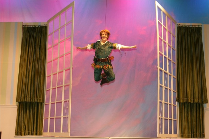 Peter Pan - Peter through Window